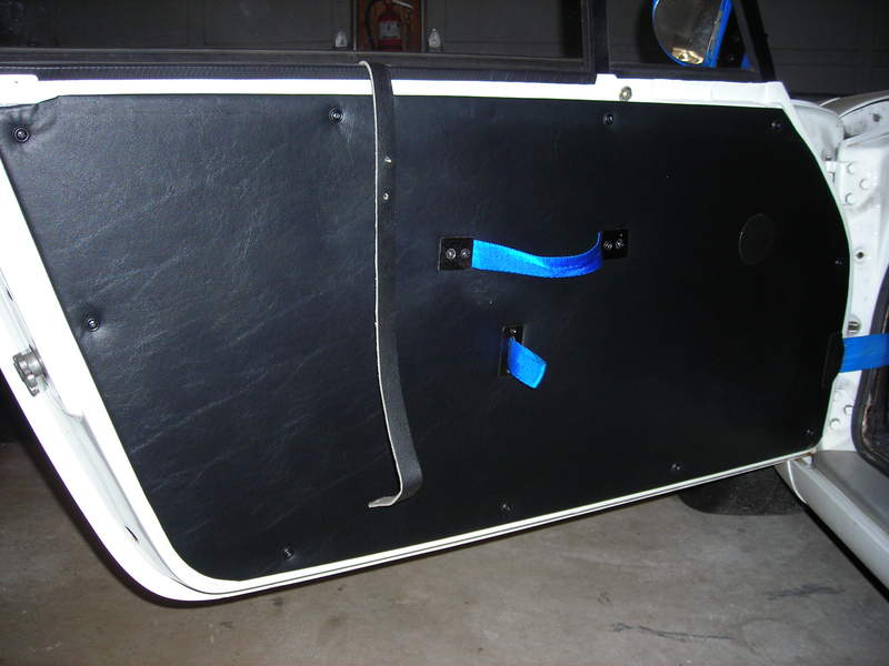 Different from the previous picture the top of the door panel is now remove. & Plastic/lexan etc window question - Pelican Parts Forums