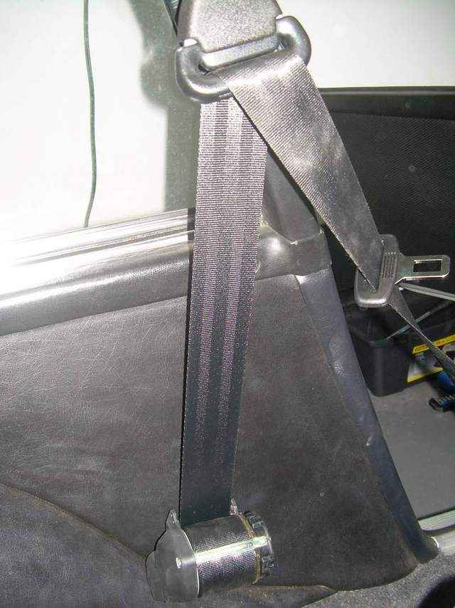 Retractable Seat Belts In A 1969 911e Pelican Parts Forums
