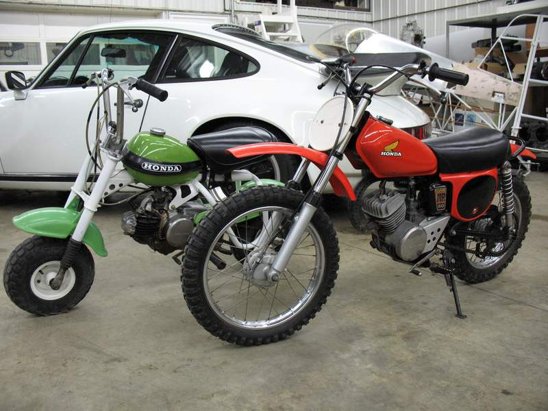 Hey Cgarr...here are some crappy pics of the Honda 50's - Pelican Parts Forums