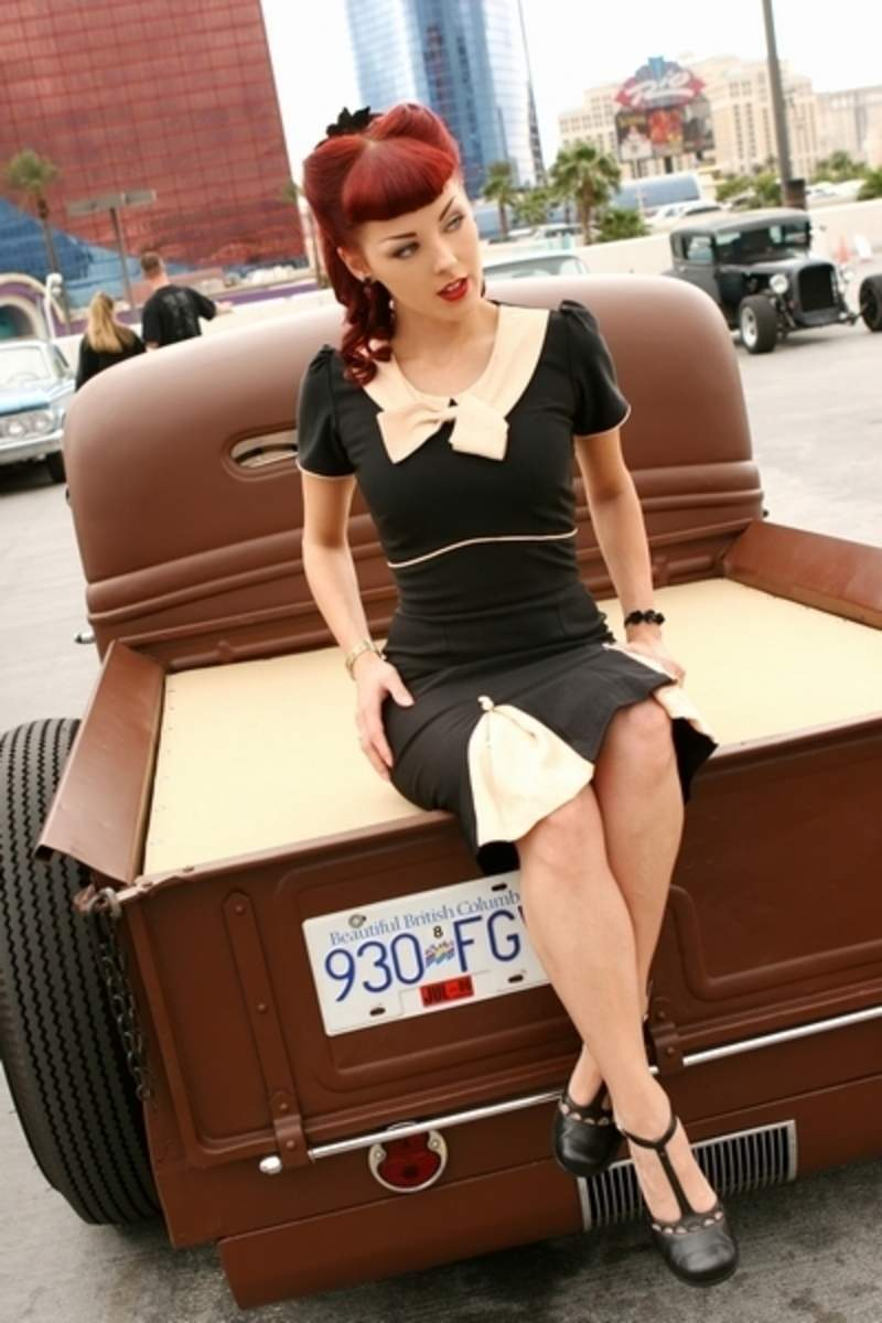 10 cars and the type of women they attract page 2. Black Bedroom Furniture Sets. Home Design Ideas