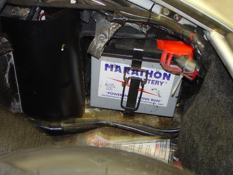 Dsc on Porsche Boxster Battery Location