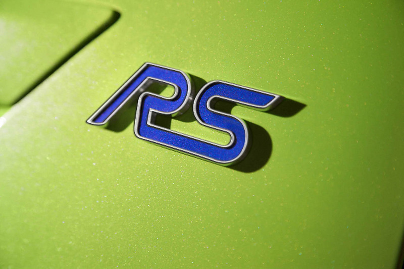 Ford Focus RS lo...R Name Logo Wallpaper