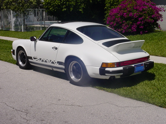 an essay on the porsche 911 turbo Offered for your consideration is a first generation porsche 930, aka 911 turbo, 30 sunroof coupe a 1977 model, it was manufactured in september.