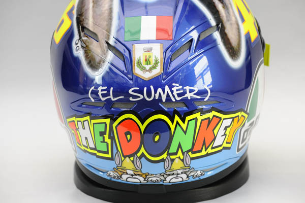 valentino rossi helmet 2011. where Valentino was