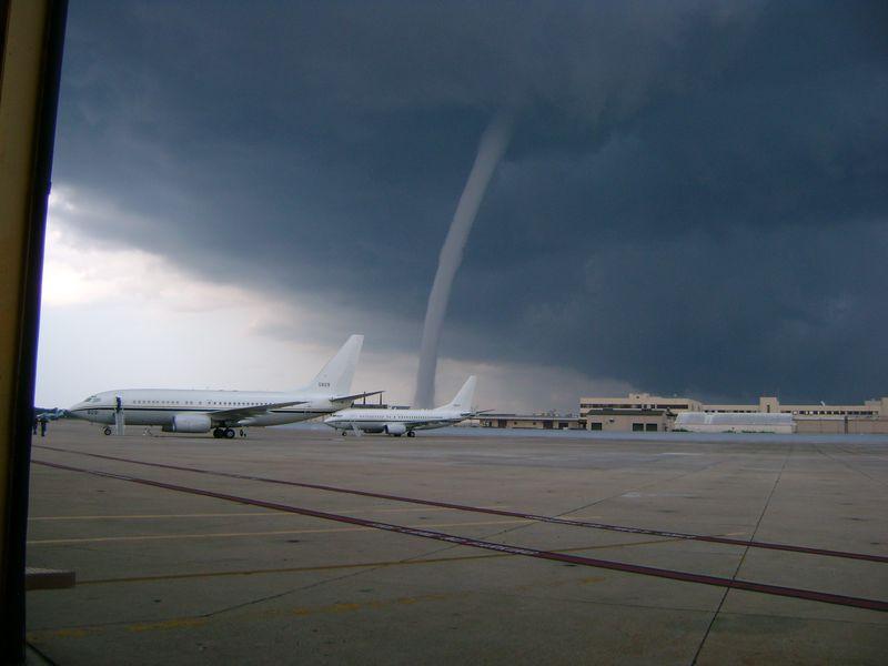 Tornado Waterspout In Jacksonville Pelican Parts