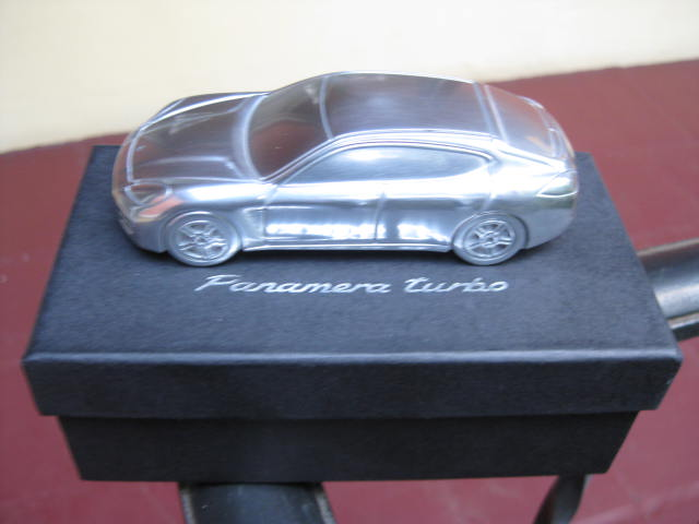 fs limited edition porsche panamera promo dealer gift model paperweight pelican parts forums