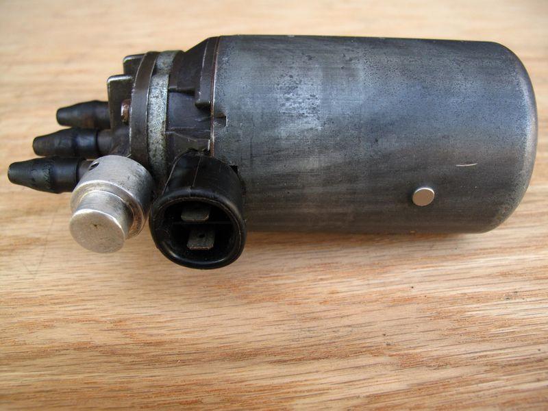 For Sale Porsche 911 Fuel Pump W Mech Fuel Injection