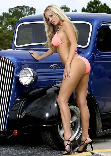 Sexy women on hotrods pics