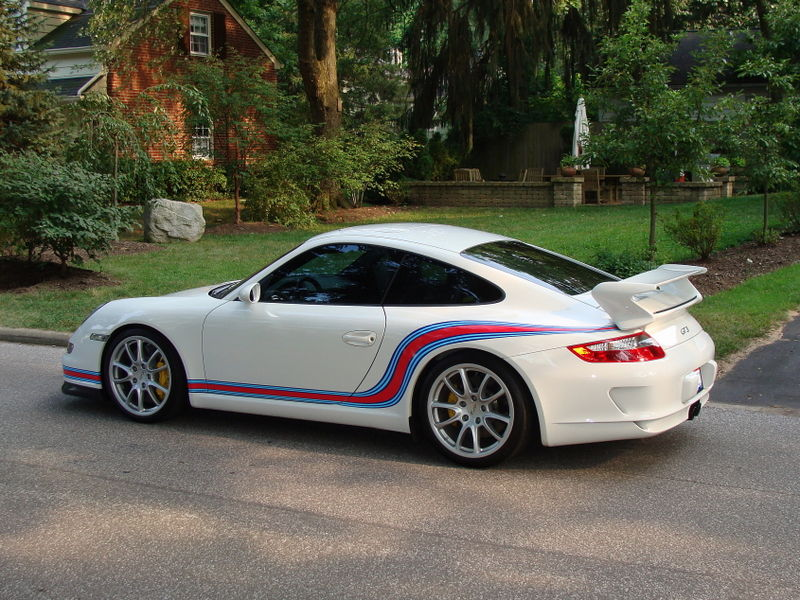 Martini Stripes On A Gt3 Feedback Pelican Parts
