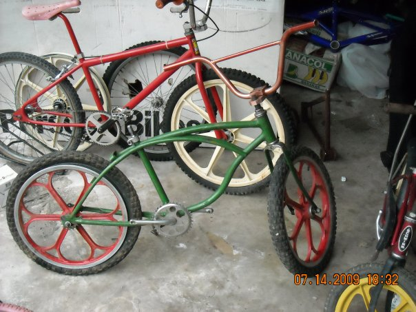 http://forums.pelicanparts.com/uploads18/BMX+roots+sting+ray1280980327.jpg