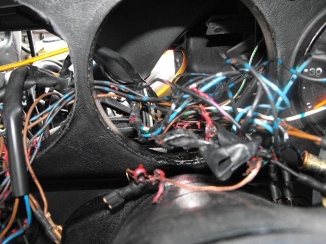 1976 911 Wiring Help