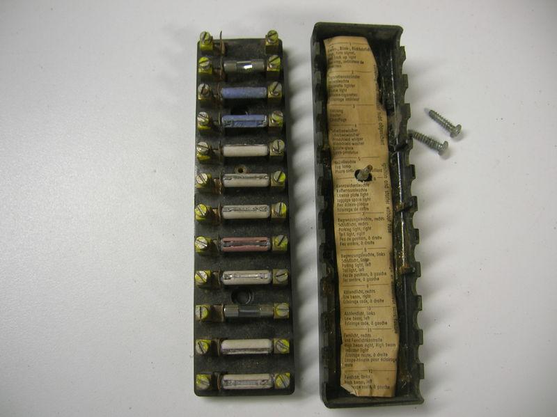 Fs  Early Swb 911 12 Pole Fuse Box Nla 901-612 801 20