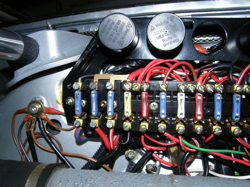 fuse box help pelican parts technical bbs notice not completely stock since i wired in the headlight relays should otherwise be stock only mod is lower grey wire shift to allow fog lights to be on