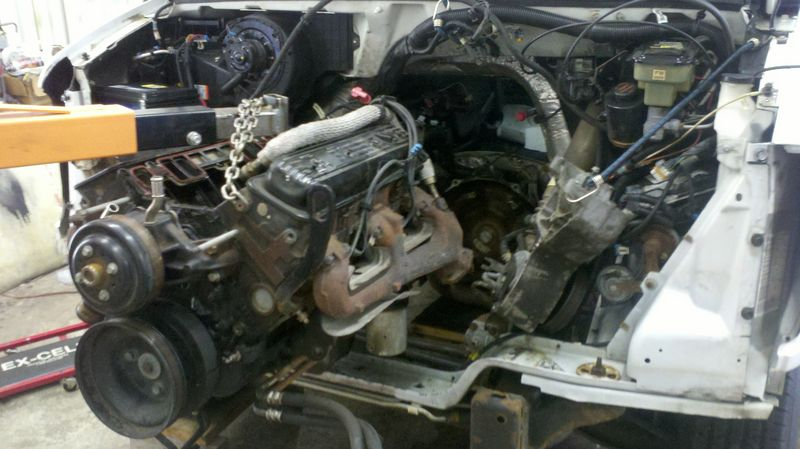 How do I remove a 2000 GMC Savana 5 7 van engine? - Pelican