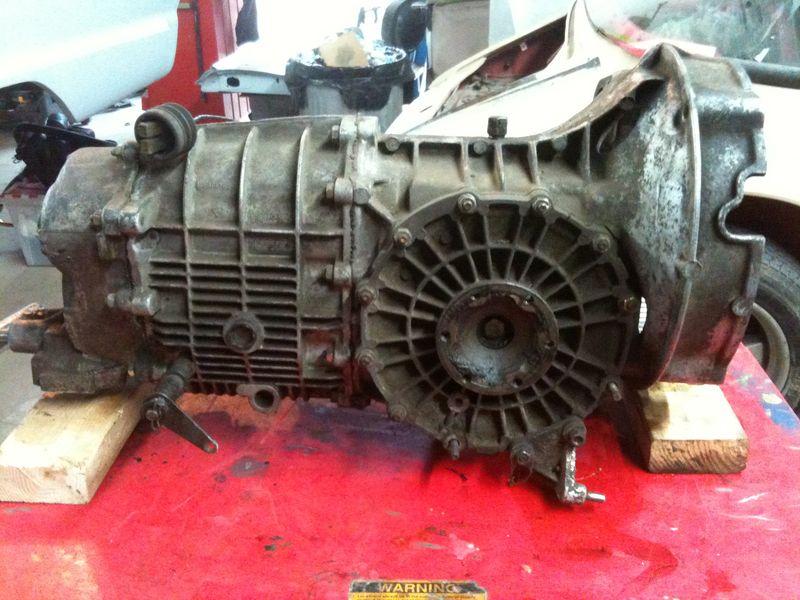 Porsche 915 tranny
