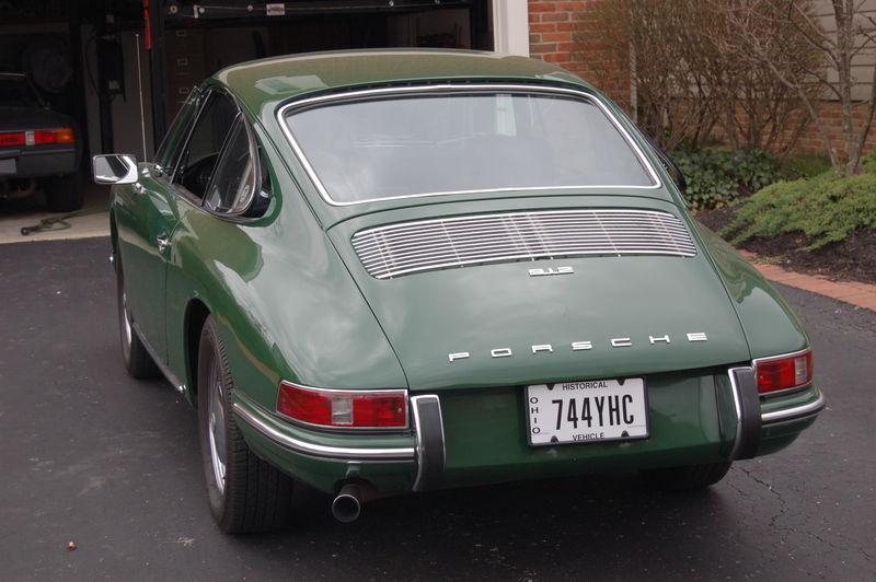 porsche+green+2011+0231337907534.jpg