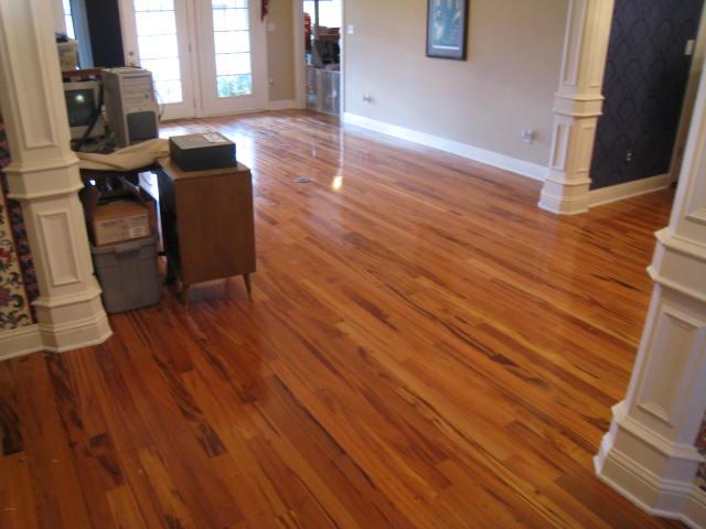 Hard Wood Floors Engineered Vs Solid Click Together Vs Glue
