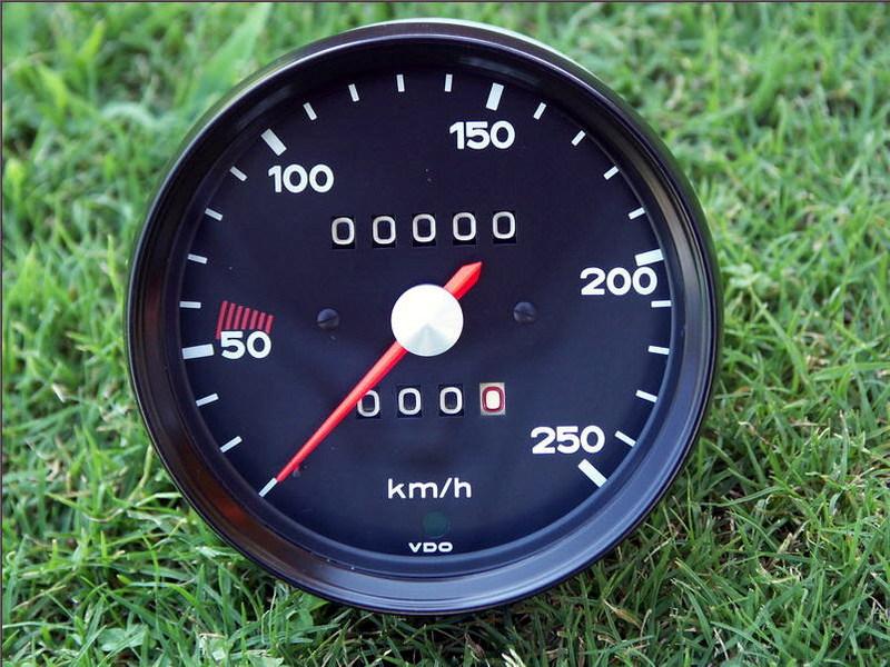 Vdo 250 Km H Euro Speedometer Vintage Racing Restored