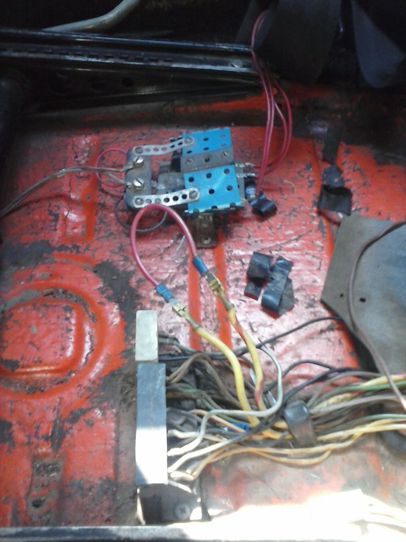 914 No Start Pelican Parts Forums Porsche Wire Harness Two Yellow Wires Are Connected To Each Other Via The Red Splice Any Thing Look Not In Place Running Out Of Things Check