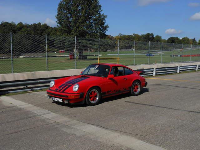 Poster & Bilder Porsche 944 Coupé Indischrot Poster