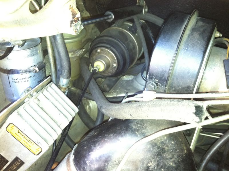 Help identify this vacuum hose - Pelican Parts Forums
