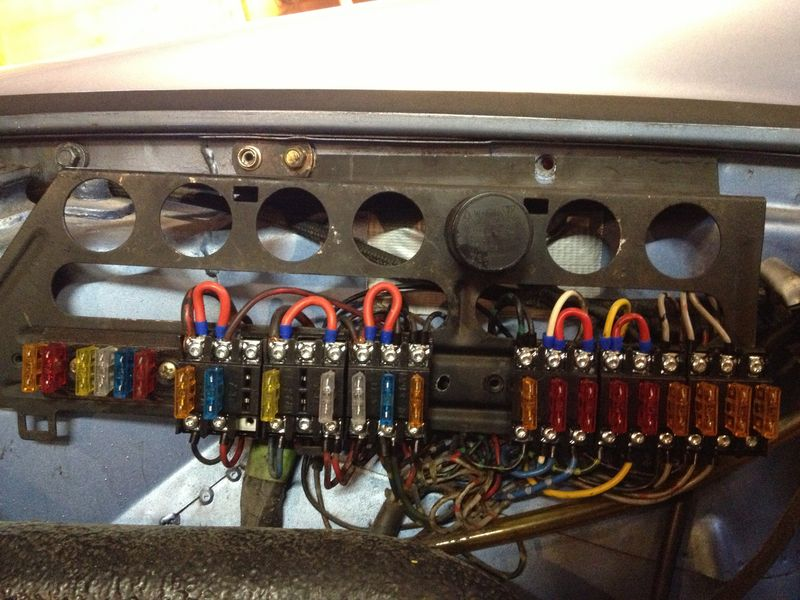 ato fuse panel page 7 pelican parts technical bbs i bought these ato fuse holders screw terminals and updated my fuse box