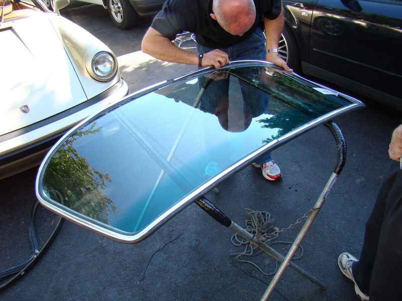 Front Windshield Replacement >> Cost of windshield replacement for an '86 Carrera ...