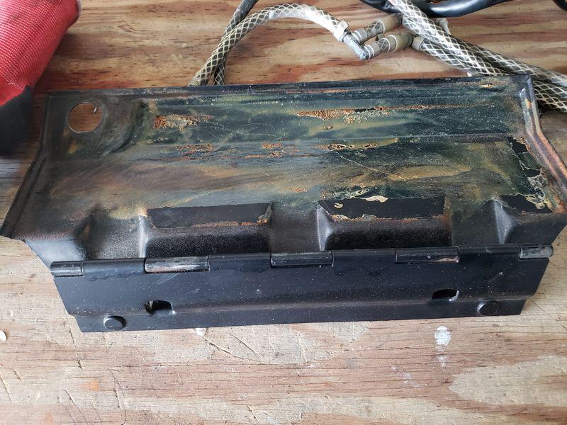 86 911 Glove Box Door And Lock No Key Pelican Parts Forums