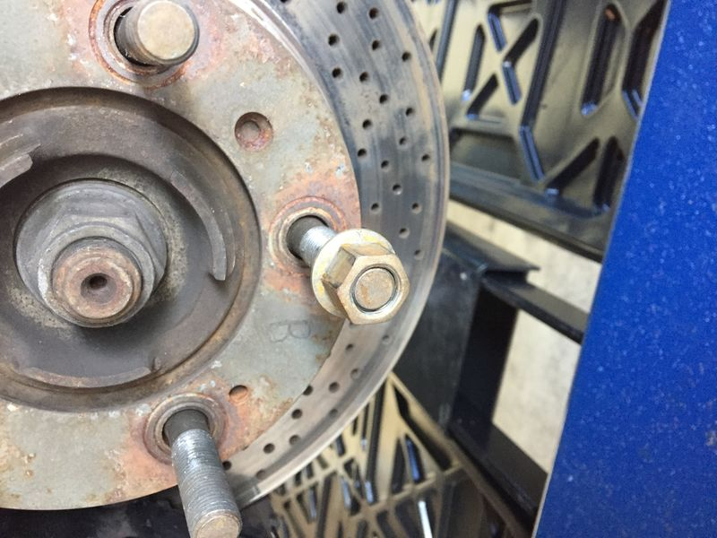 Good way to keep steel lug nuts from rusting? - Pelican Parts Forums