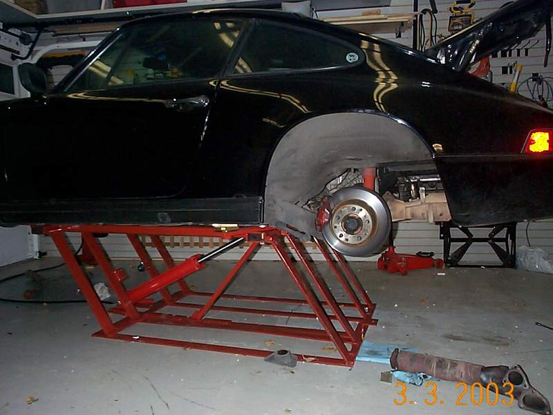 new garage need a car lift pelican parts technical bbs. Black Bedroom Furniture Sets. Home Design Ideas