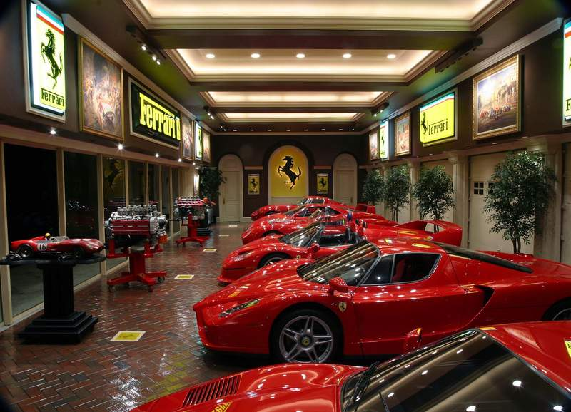 Crazy88 Com Car >> nicest collection of cars in a garage that you have seen ...