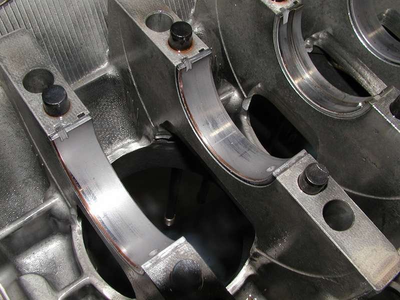 Worn Engine Bearings : Strange main bearing wear any ideas why pelican parts