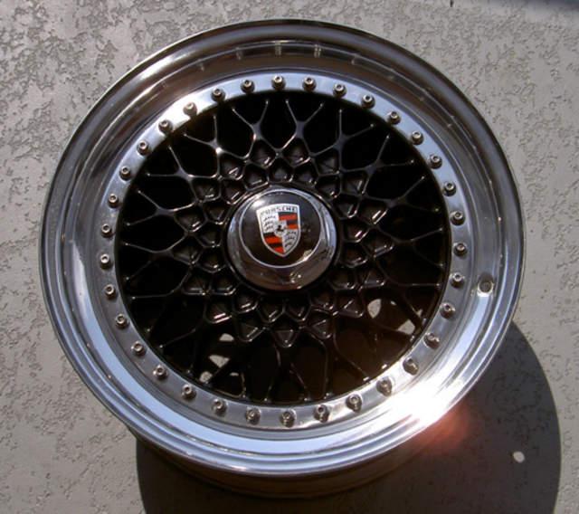 Bbs Rs Wheel Painted Porsche Crest Centercaps