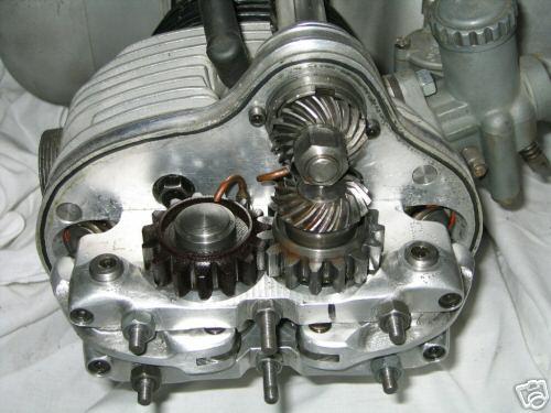 http://forums.pelicanparts.com/uploads6/Rennsport+Engine+21136430000.jpg