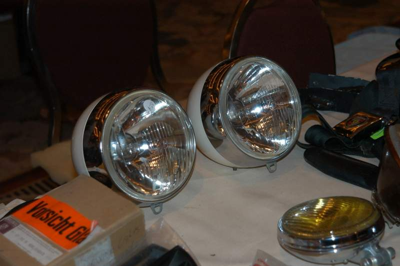 For the folks looking for cibie or marchal hood lights for Lampen replica