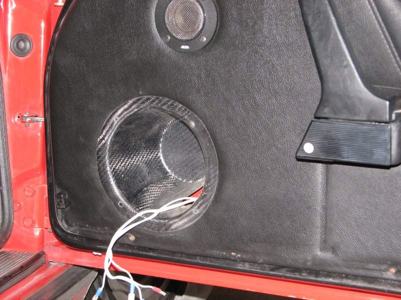 Using two layers of 200 g/m2 carbon fiber twill weave and a little epoxy I made new cones which were big enough to house the speakers. & Mounting door speakers. - Pelican Parts Forums