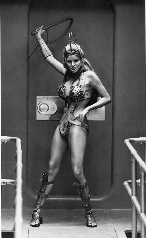 Raquel Welch WOW - Pelican Parts Technical BBS